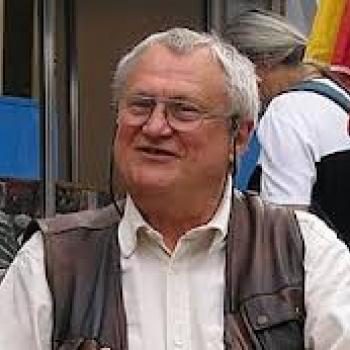 Czakó Gábor: Humorisztika, derű és kenyőcs