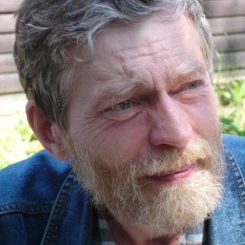 Oravecz Barna: Rejtett struktúrák Hamvas Béla Karnevál című regényében