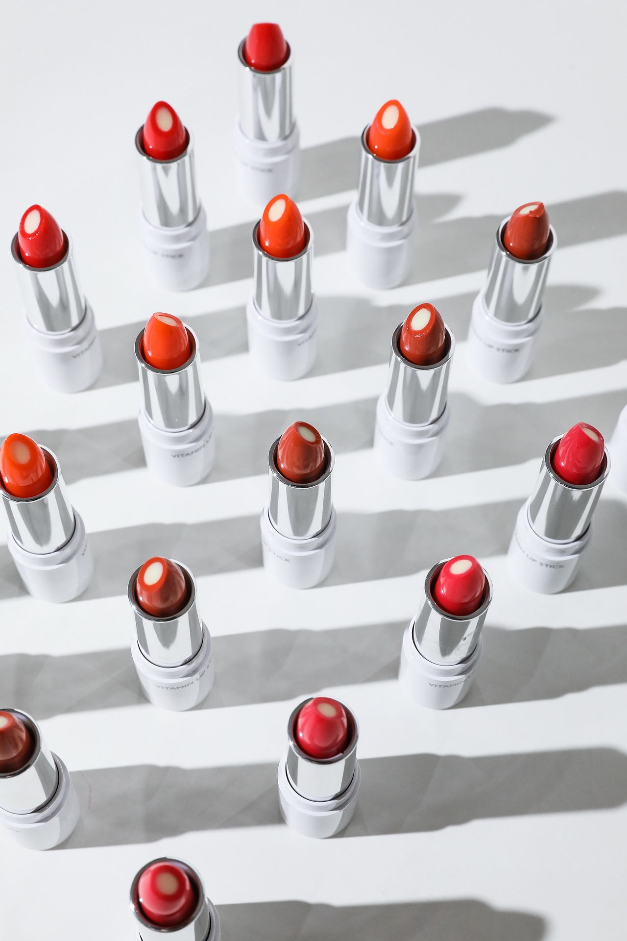 Váncsa Zalán: A sminkelésről és hajfestésről – az önértékelési zavar ismérveiről (2.rész)